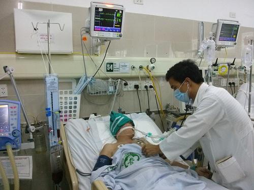Khi xác định là mắc đột quỵ não chúng ta nên đến bệnh viện để kiểm tra và làm theo chỉ dẫn của bác sĩ