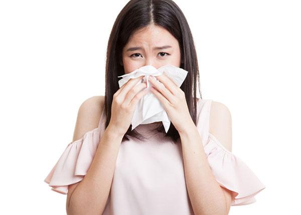 Làm như thế nào để khắc phục tình trạng chảy mũi do cảm cúm
