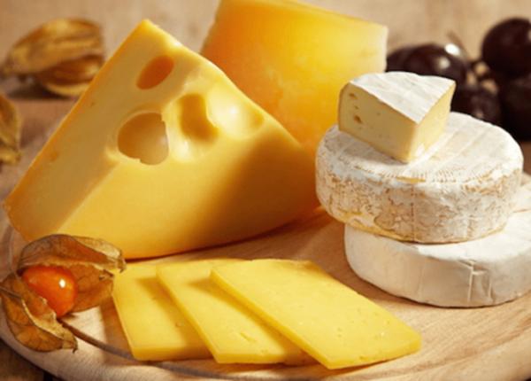 Người bị rối loạn tiền đình nên hạn chế những thực phẩm nhiều chất béo