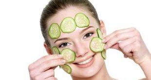Cách làm căng da mặt tự nhiên bằng mặt nạ dưa leo