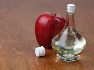 Giấm táo điều trị viêm họng hiệu quả